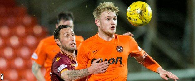 Motherwell's Scott McDonald and Dundee United's Coll Donaldson