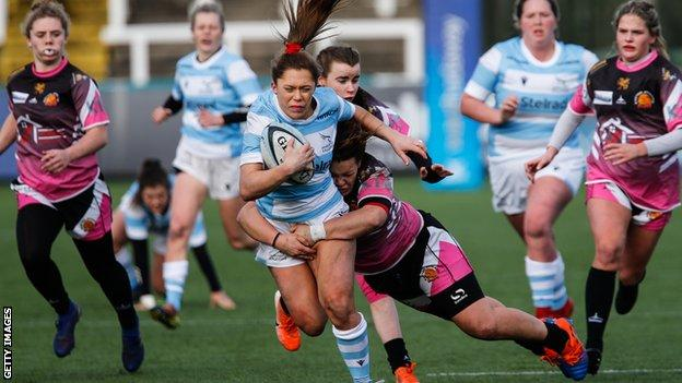 sports Women playing rugby