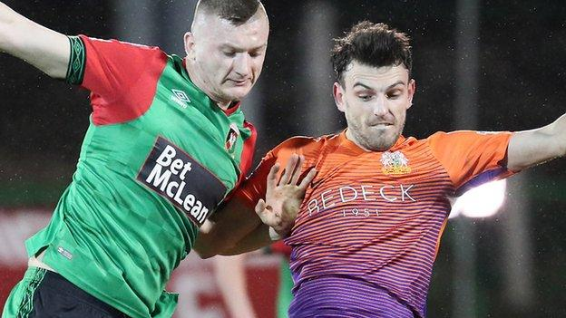 Monday was the second time this season Glentoran have let a one-goal lead slip against Glenavon
