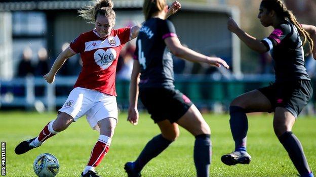Lucy Graham scores for Bristol City