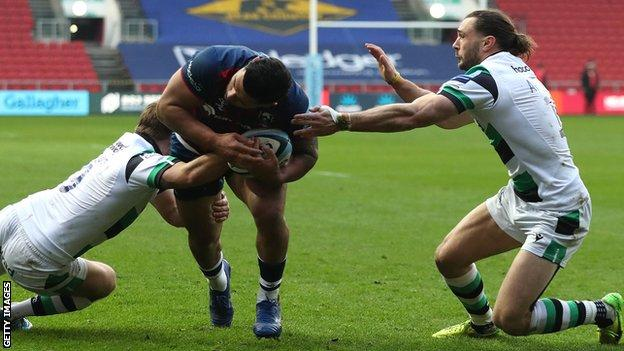 Charles Piutau scores Bristol's second try against Newcastle