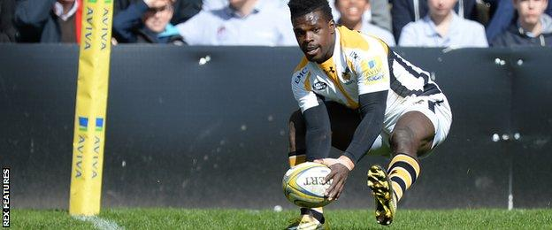 Christian Wade scores his second try