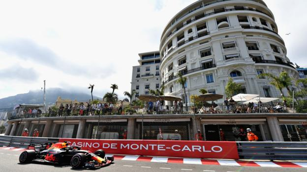 101734436 ricciardo getty - Monaco Huge Prix: Daniel Ricciardo tops 2d note as Red Bulls dominate