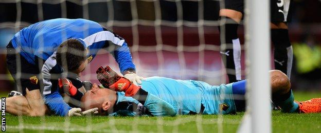Heurelho Gomes is injured