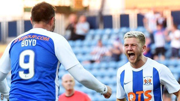 Kilmarnock's Kris Boyd and Dom Thomas celebrate against Clyde