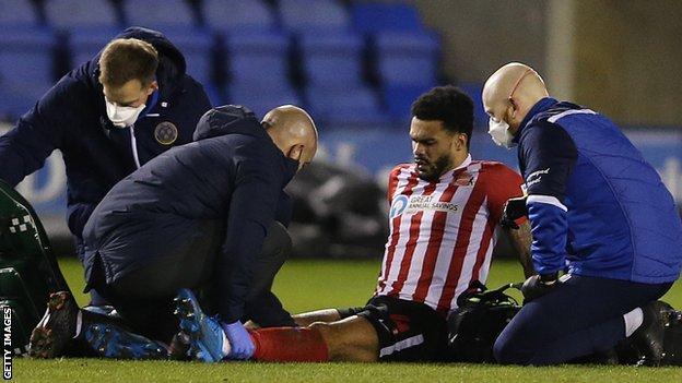 Jordan Willis receives treatment