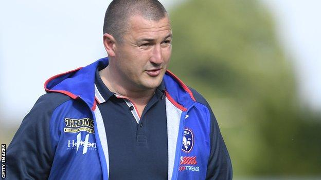 Wakefield Trinity coach Chris Chester on the sidelines