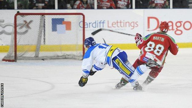Joey Martin scores for Devils