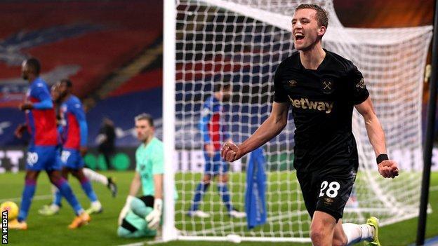Tomas Soucek celebrates scoring for West Ham against Crystal Palace