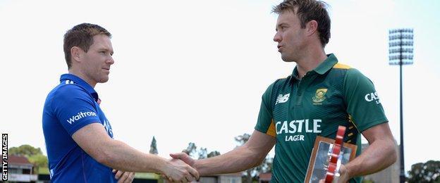 Eoin Morgan (left) and AB de Villiers (right)