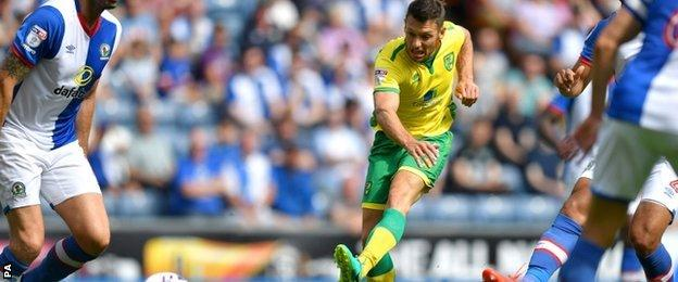 Wes Hoolahan netted Norwich's second goal against Blackburn at Ewood Park
