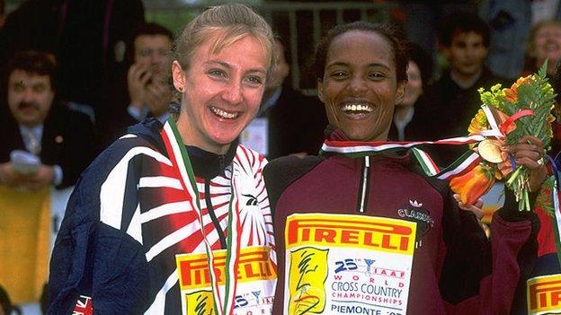 Paula Radcliffe and Derartu Tulu