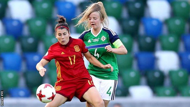 Northern Ireland's Emma McMaster (right) battles with Lucia Garcia
