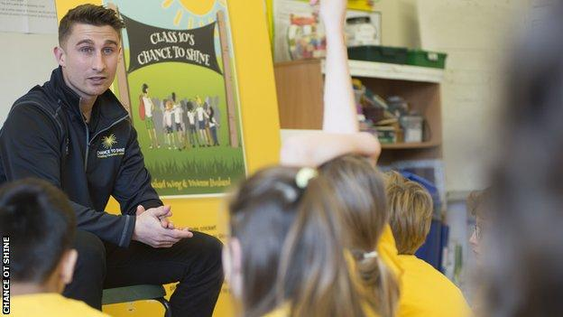 James Taylor taking a Chance to Shine session with primary school children
