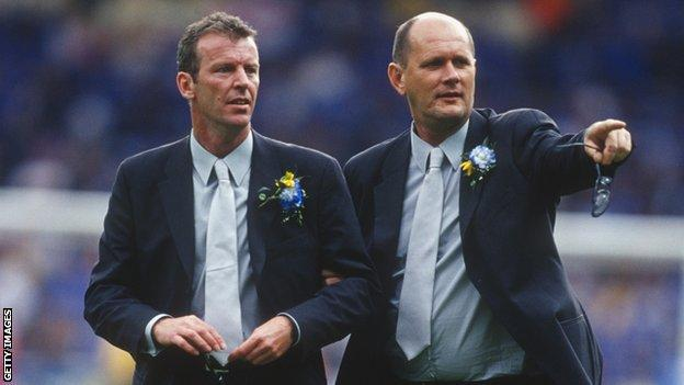 Graham Rix (left) and Gwyn Williams (right) while youth coaches at Chelsea in 2000