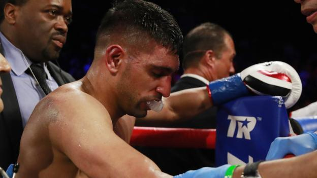 Amir Khan beaten by Terence Crawford following controversial low blow thumbnail