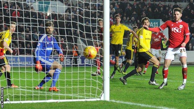 Wes Burns scores for Bristol City against Middlesbrough
