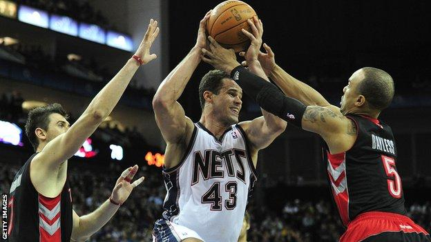 New Jersey Jets against Toronto Raptors at London's O2 arena