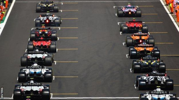 Cars on a Formula 1 grid