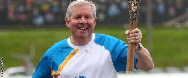 Brendan Foster taking part in the Glasgow 2014 baton relay