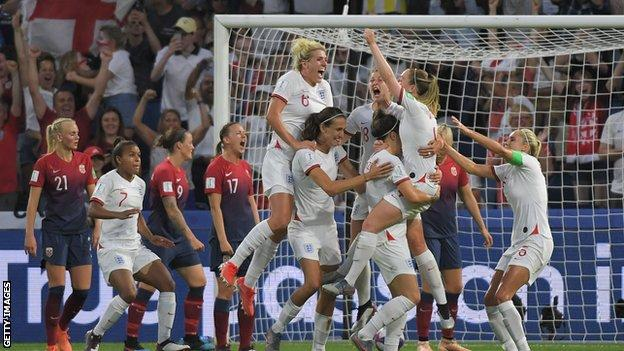 England celebrate scoring against Norway at the Women's World Cup