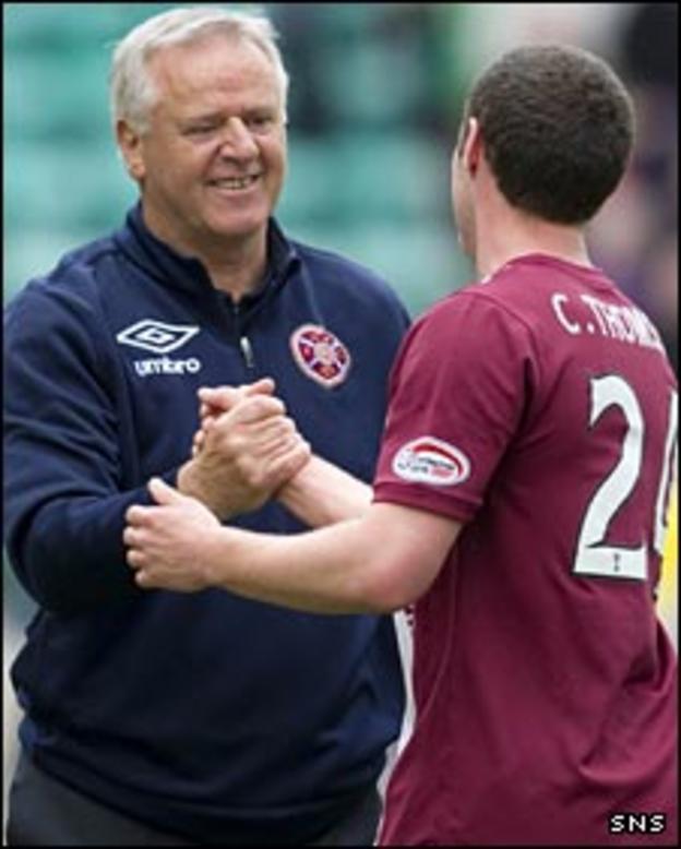Jim Jefferies congratulates Hearts defender Craig Thomson