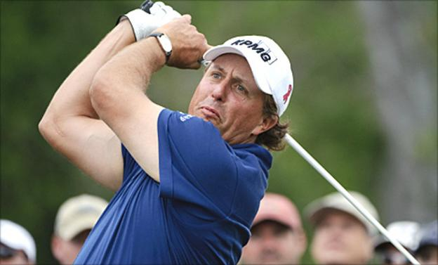 Phil Mickelson in action