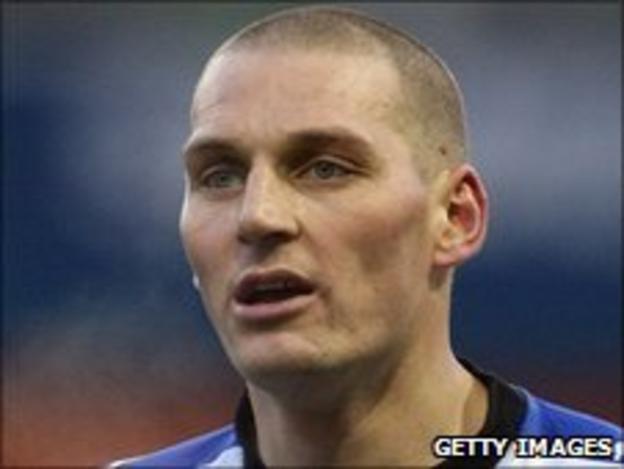Millwall defender Darren Purse