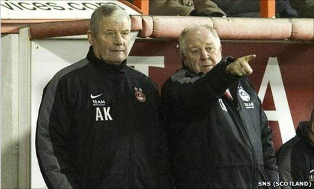 Aberdeen manager Craig Brown (right) with assistant Archie Knox
