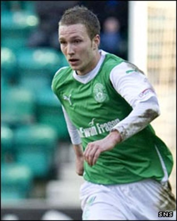 Hibs midfielder Matt Thornhill