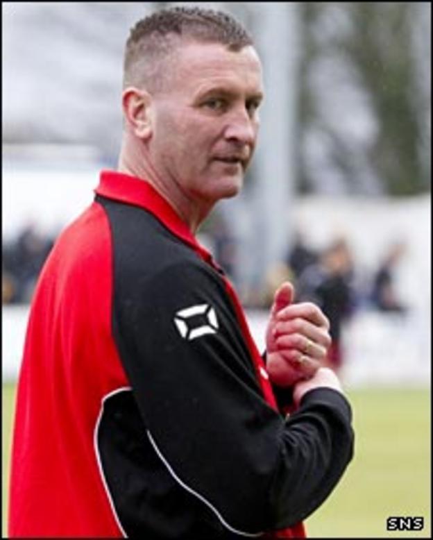 Stranraer manager Keith Knox