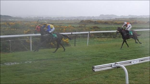 Heavy Rain at the Guernsey race meeting at L'Ancresse Common