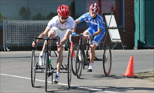 Britain's David Stone takes the lead in the trike race. Pic: British Cycling