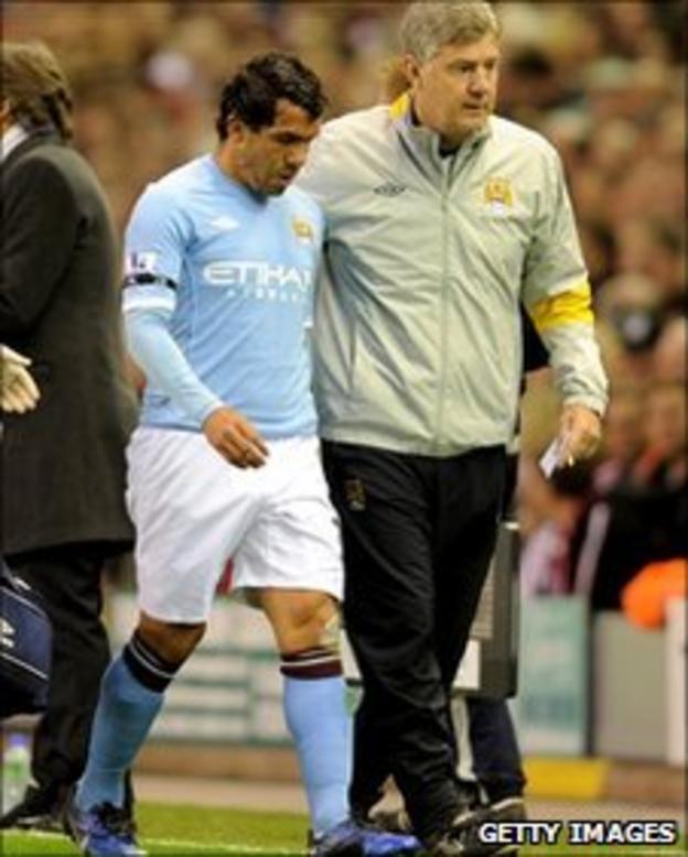 Carlos Tevez walks off injured against Liverpool