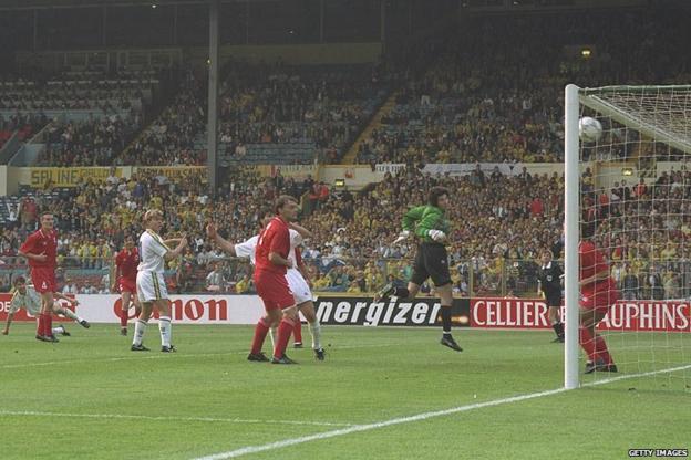 Minotti scores for Parma