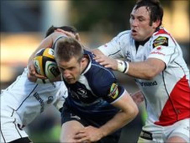 Leinster's Luke Fitzgerald is tackled by Ruana Pienaar and Johann Muller
