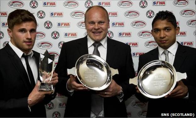 David Goodwillie, Mixu Paatelainen and Emilio Izaguirre celebrate their Scottish Football Writers Association awards