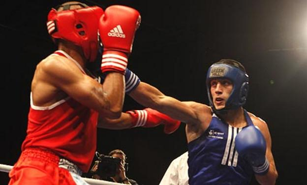 Danny Phillips (right) on his way to an ABA title