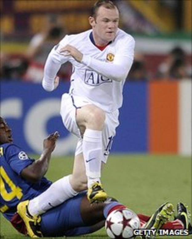 Wayne Rooney in action against Barcelona in the 2009 Champions League final