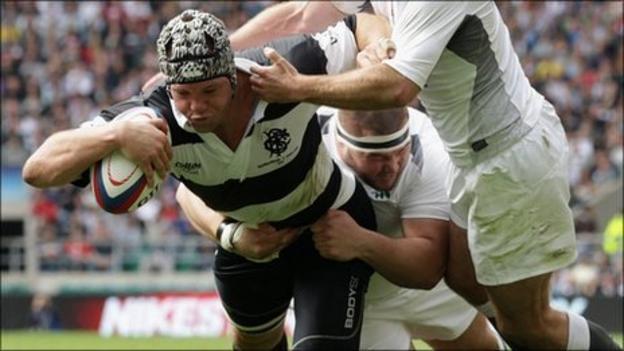 Joe van Niekerk powers over for the Barbarians' fifth try