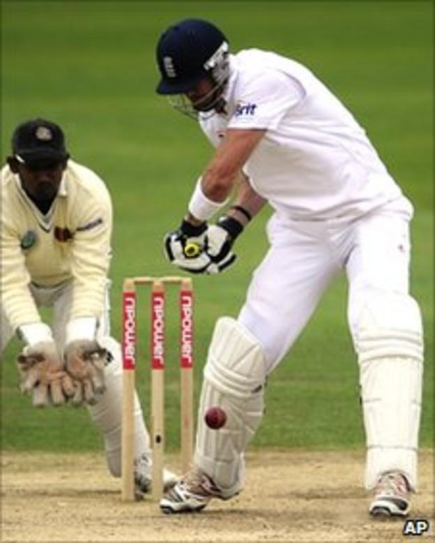 Kevin Pietersen perishes in Cardiff