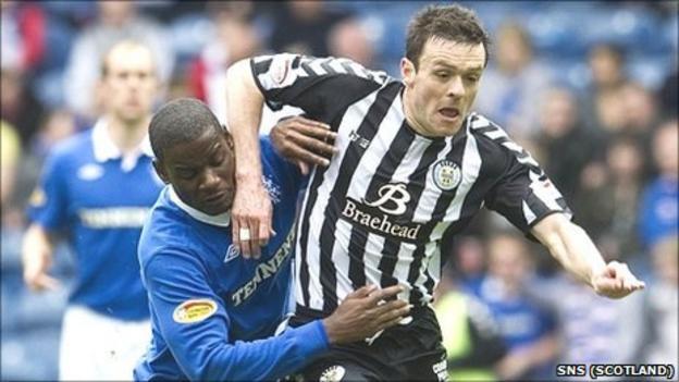 St Mirren midfielder Steven Thomson