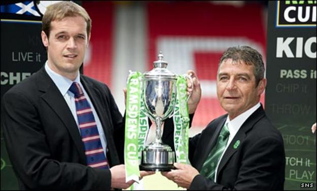 Deveronvale manager Scott Anderson and Buckie Thistle vice-president Garry Farquhar with the Ramsdens Cup