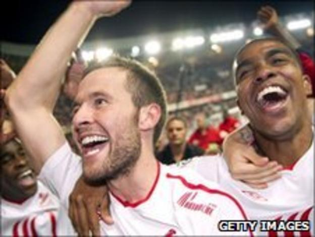 Yohan Cabaye with Lille