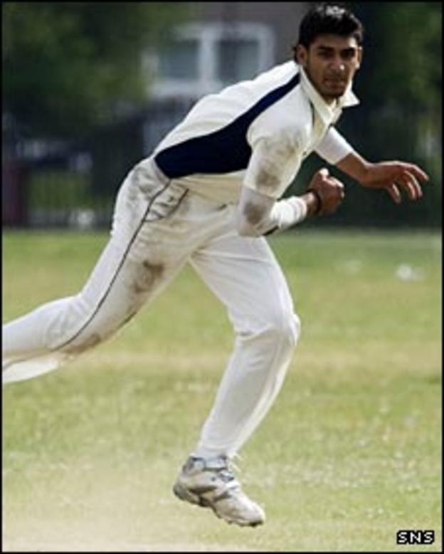 Dunfermline bowler Safyaan Sharif