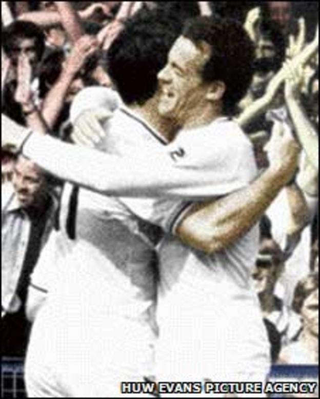Bob Latchford and Alan Curtis celebrate