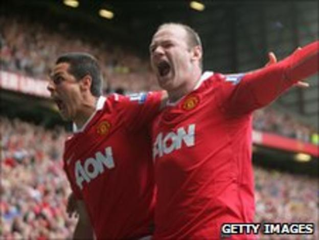 Javier Hernandez (left) and Wayne Rooney