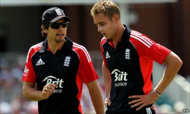 Stuart Broad (right) with England one-day captain Alastair Cook