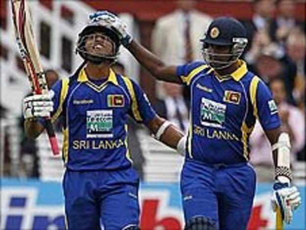 Dinesh Chandimal and Angelo Mathews