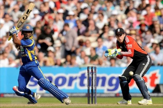 Jeevan Mendis bats for Sri Lanka